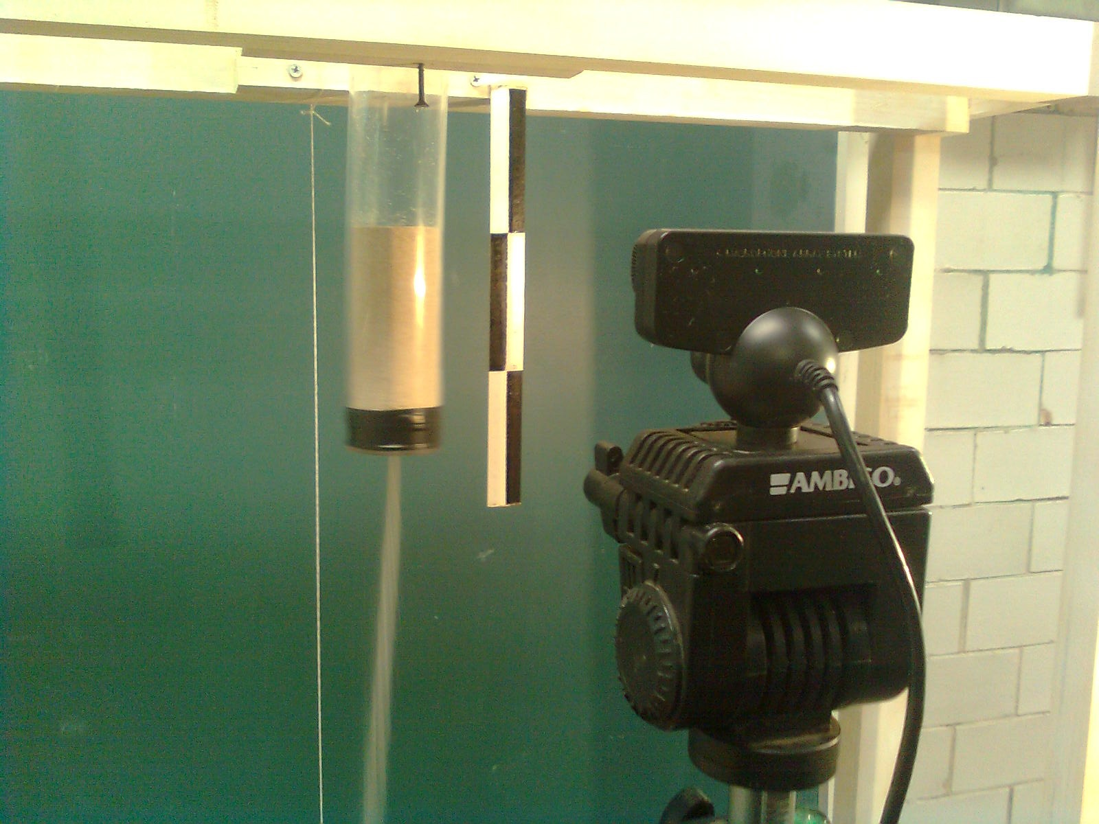 Cheap High Speed Video Recording for Analysis in Physics Experiments