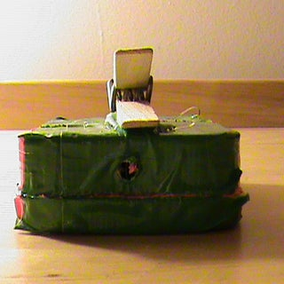 ipod safety case instructable 017.JPG