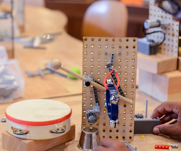 Tinkering With LEGO: Sound Machines