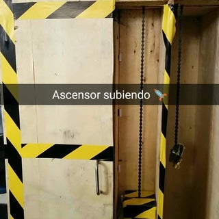 (Ascensor) Elevator Model Using Arduino, App Inventor and Other Free Software
