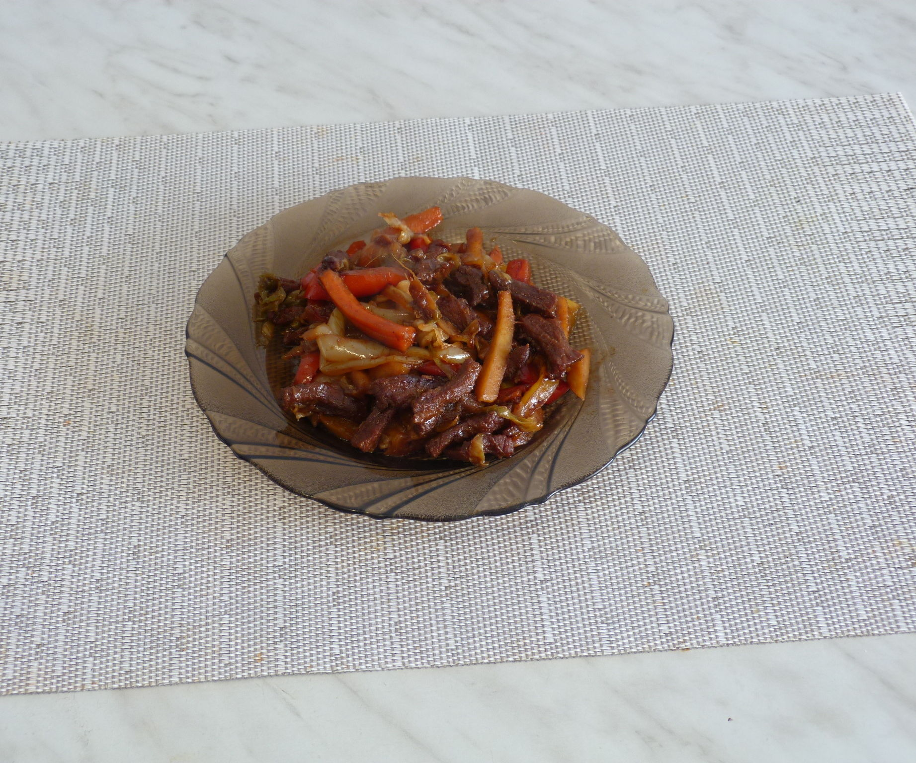 Beef With 5 Sauces and 5 Vegetables