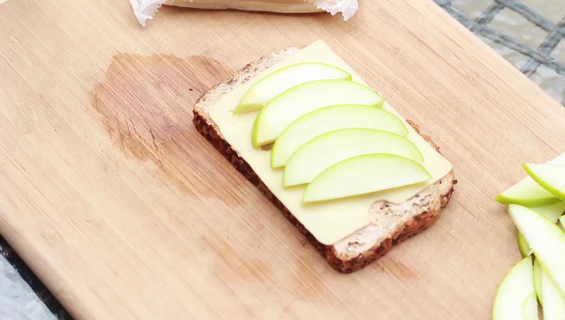 Assemble the Sandwich