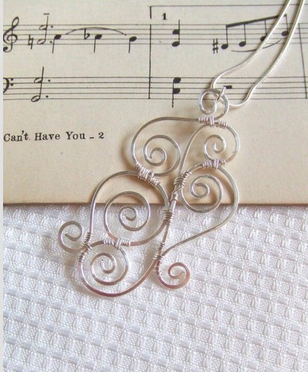 Swirly Wire Pendant