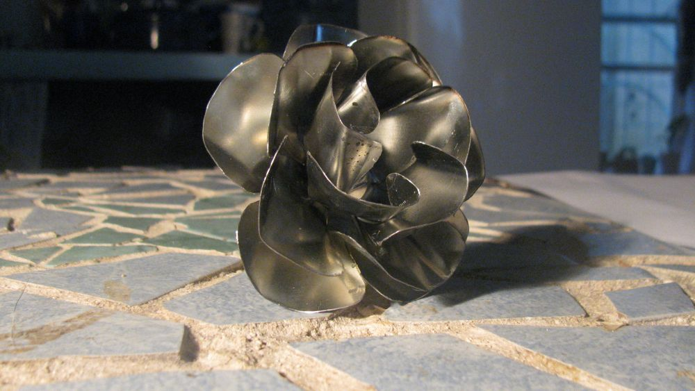 Metal flower without welding