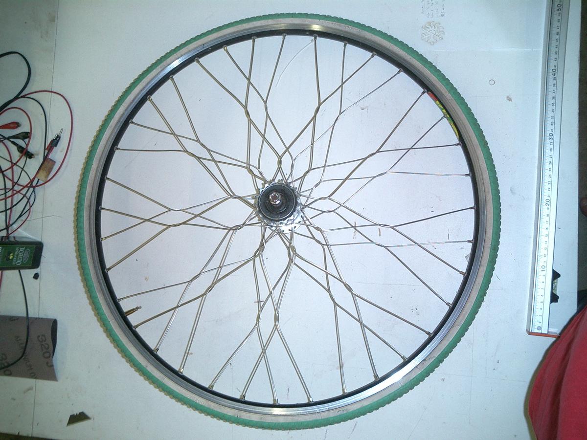 Twisted Spoke Bicycle Wheel Lacing - flowers!