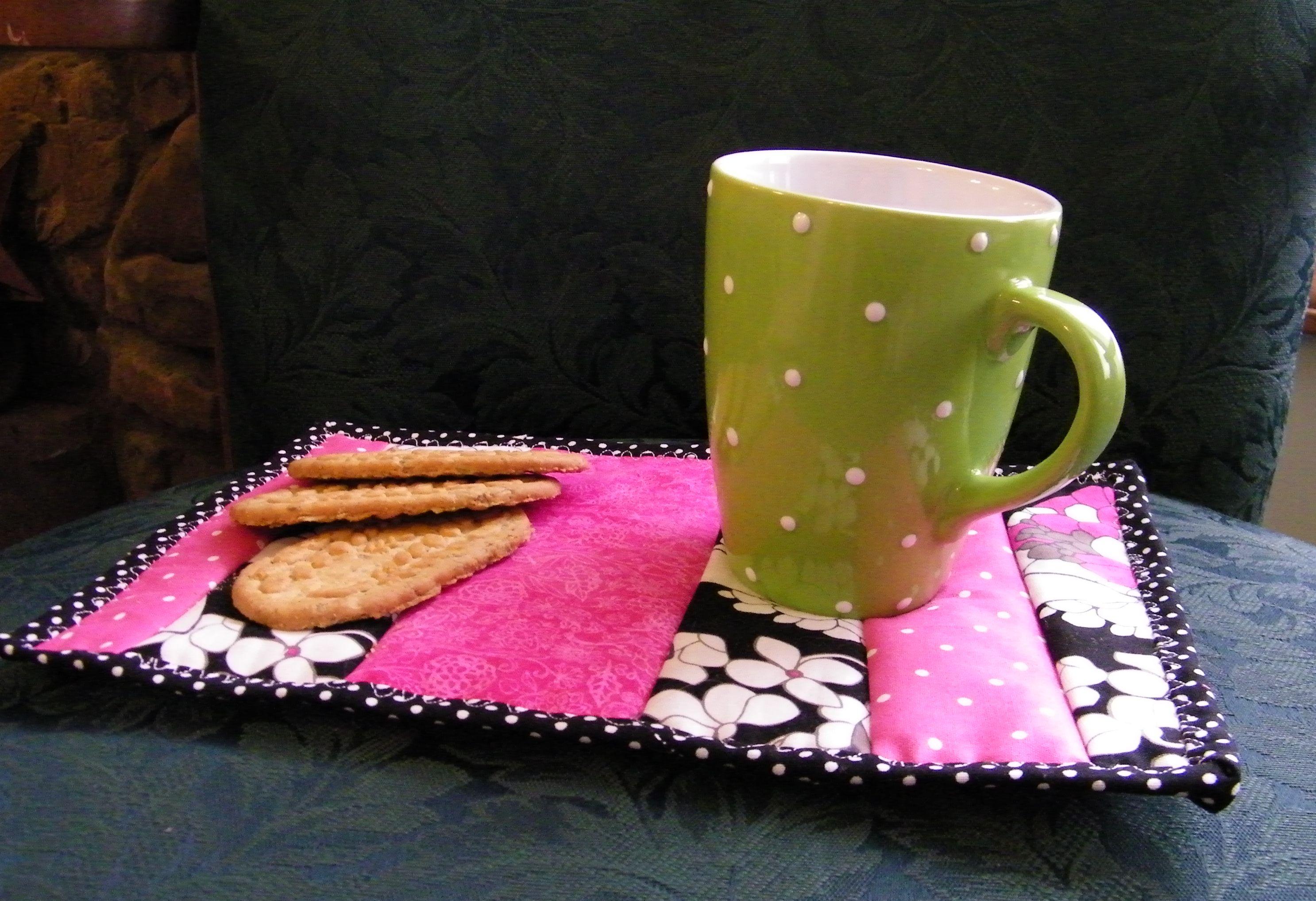 Make a Mug Rug From Scraps
