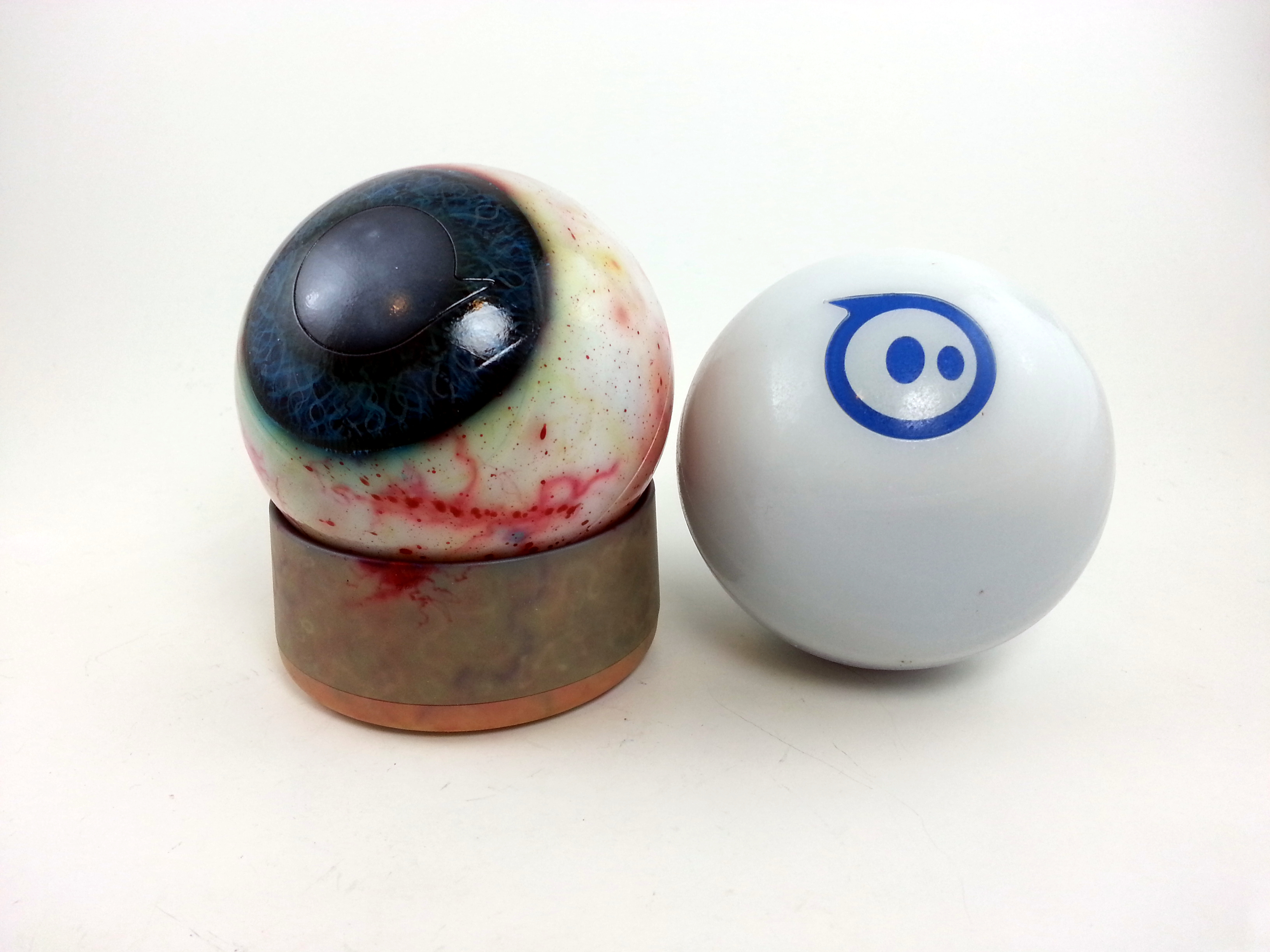 DIY Painted Eyeball Sphero for Halloween