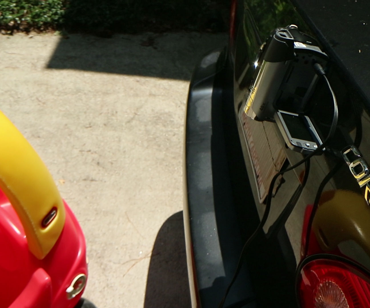 Upcycle an Old Camcorder As a Backup Camera