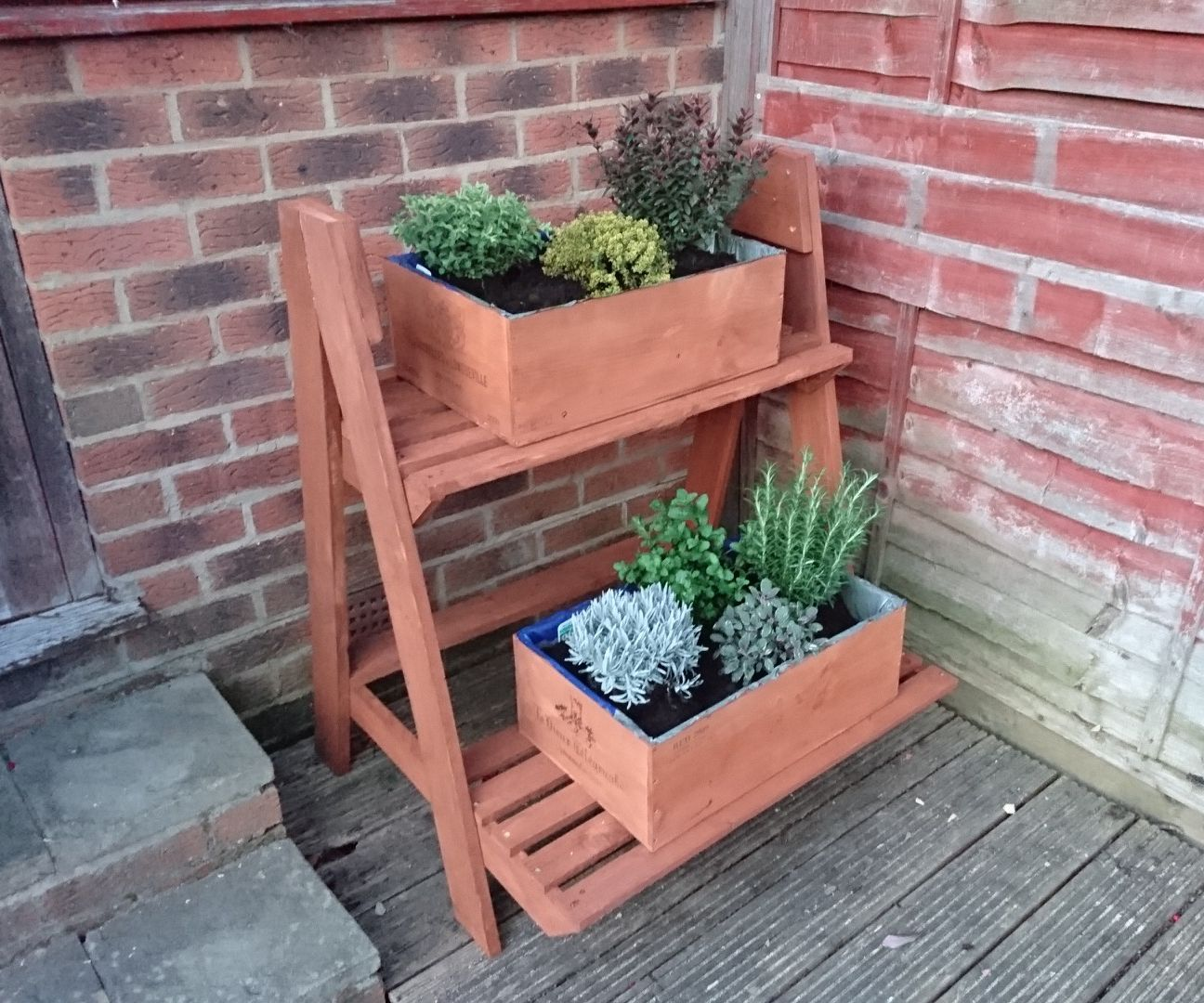 Staggered Pallet Planter