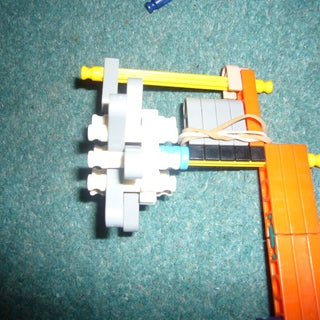C:\Documents and Settings\Administrator\My Documents\My Pictures\KNEX\P1000370.JPG