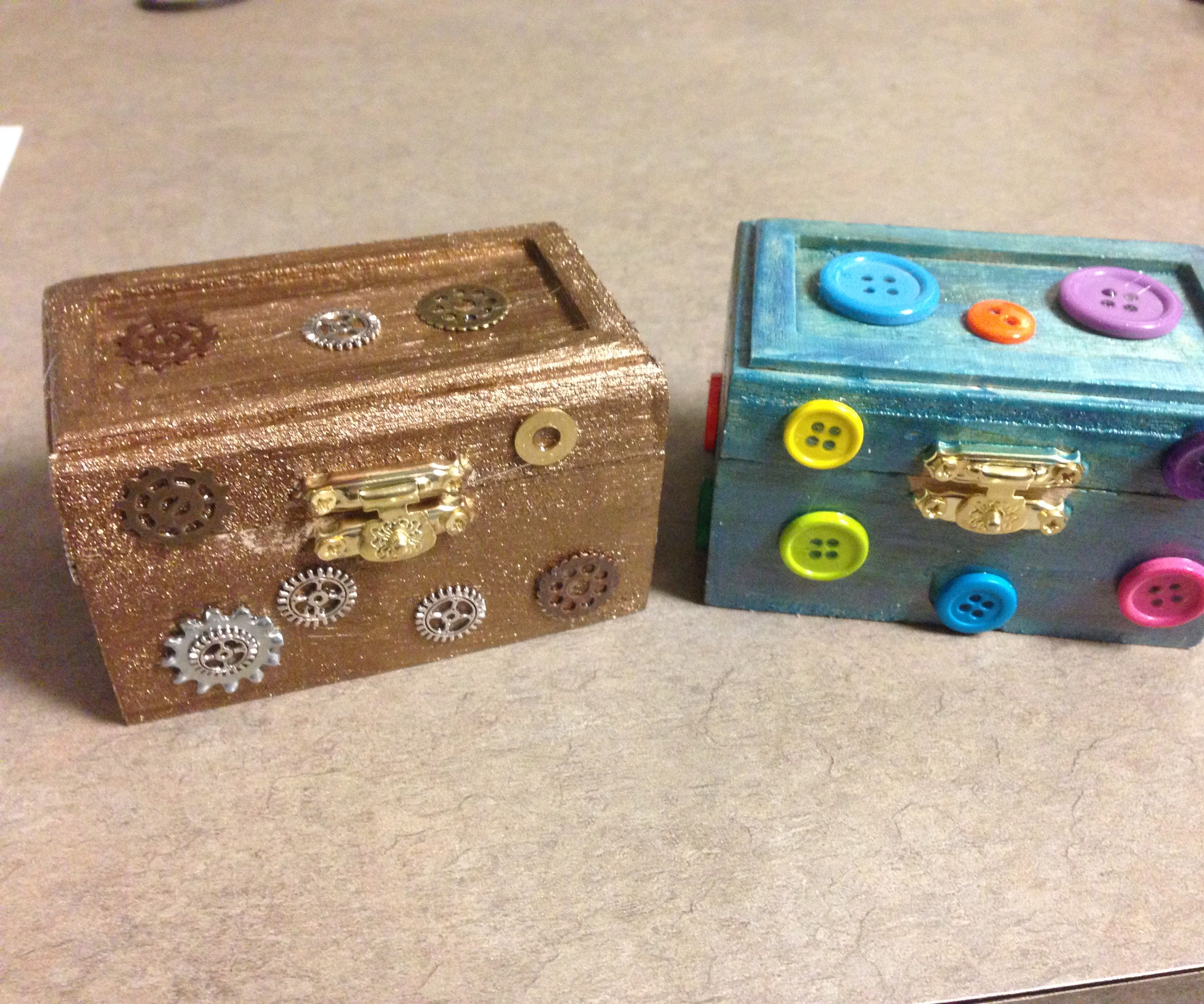 How to Put Your Own Spin on  a Treasure Box