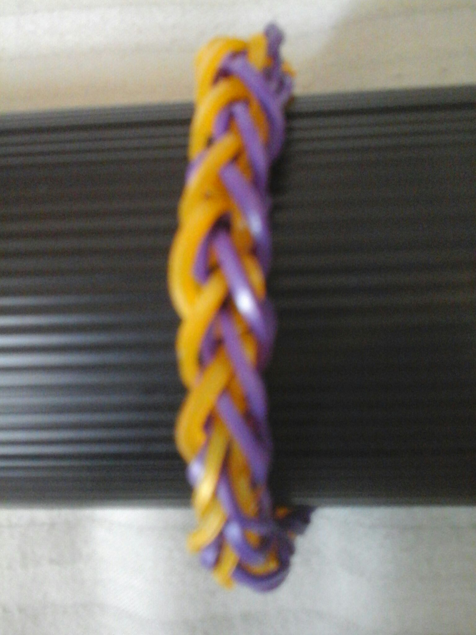 How to make a french braid bracelet (The loom is optional)