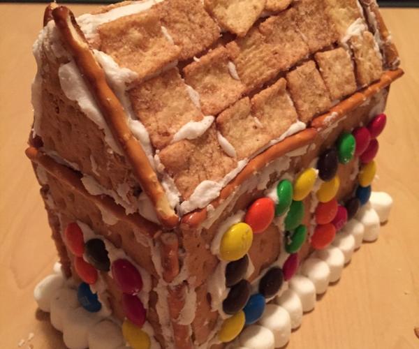 No-Bake Gingerbread House