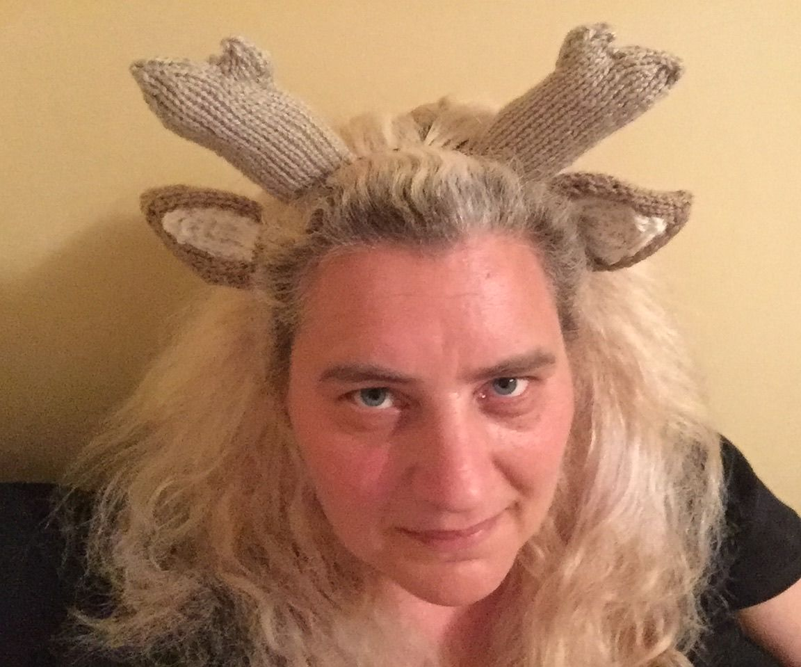 How to Knit a Deer Antler Headband
