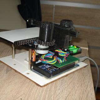 EtchABot: a Versatile CNC Etch a Sketch