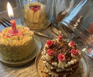 罐子里的小而真的生日蛋糕