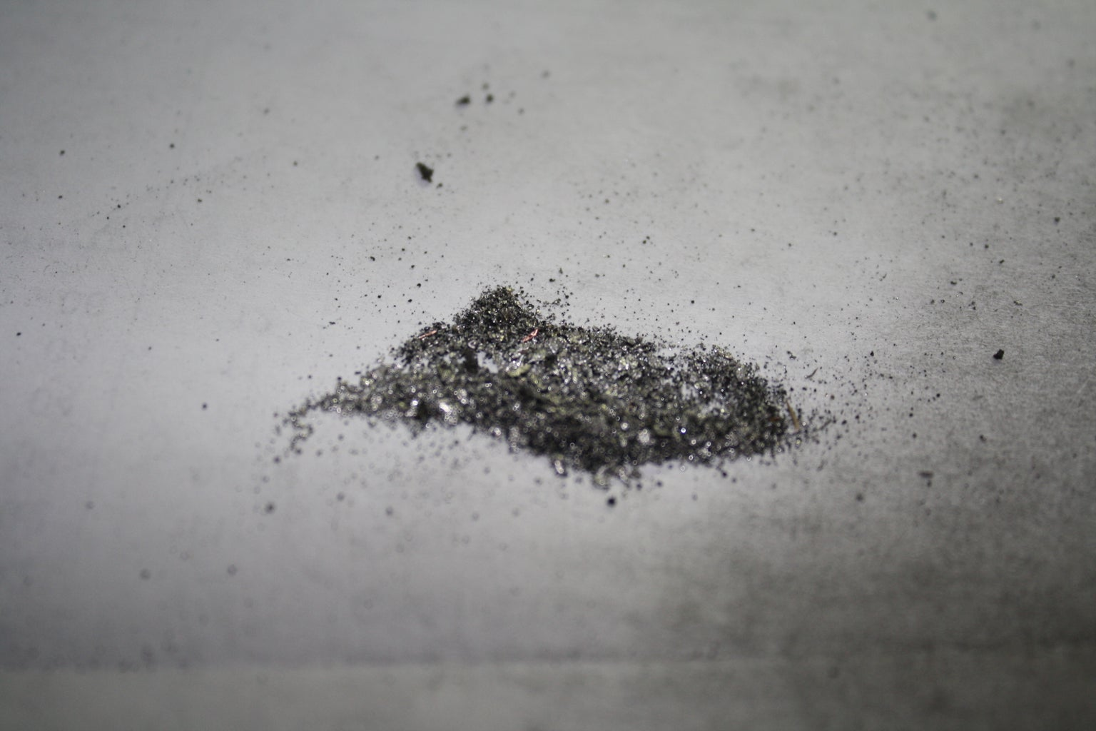 Refining the Solder Particles Into Solder Dust