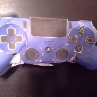 PlayStation 4 Controller - Papercraft