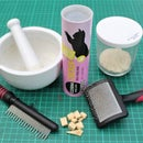 Freeze Dried Powder for an Easier Brushing Session With Your Cat