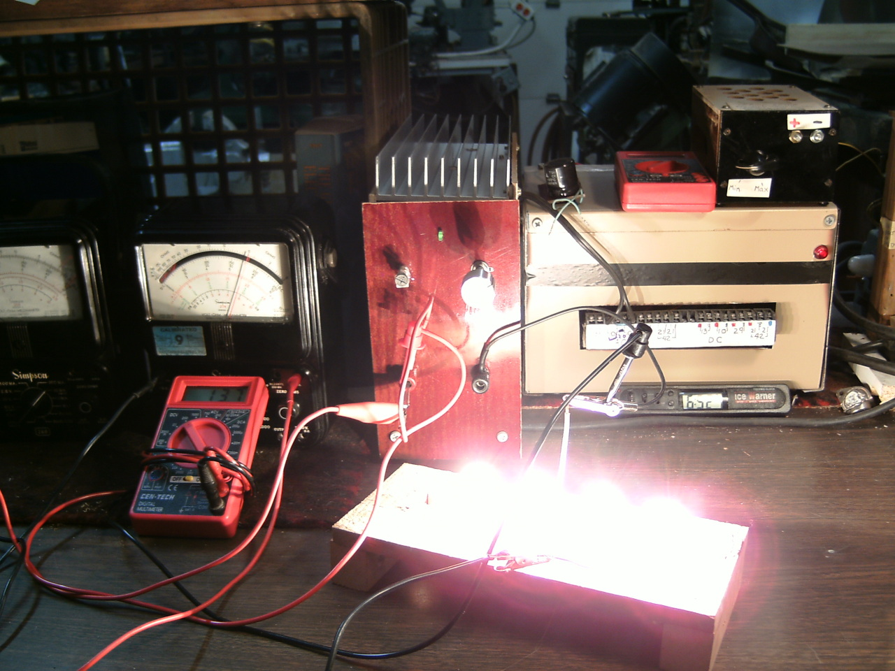 Building A Dc Constant Current Power Electric Load Hackaday Electronic Circuit Design Simulate That Is When The Light Bulb Should Go Off Or Come On Rather