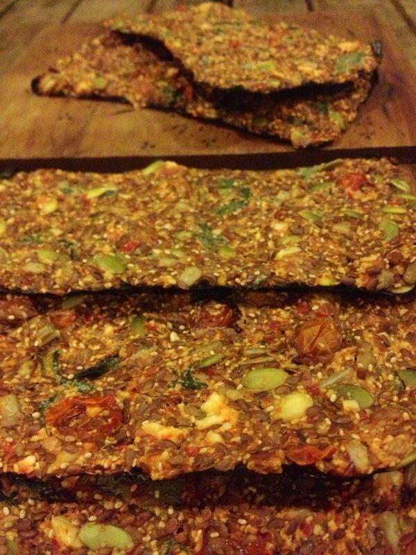 Raw Flax Crackers, Tomato Basil
