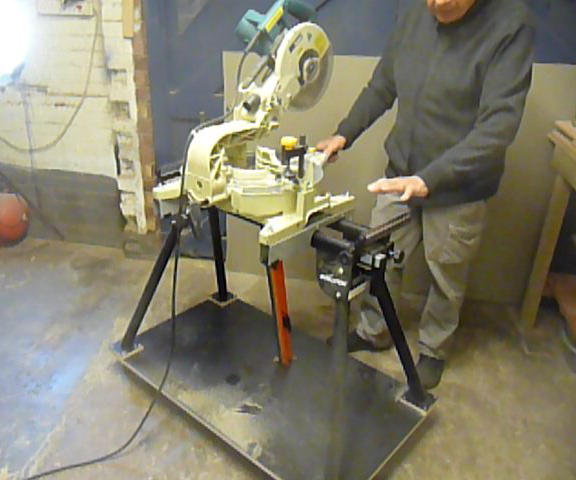 Mitre Saw stand,Making it mobile