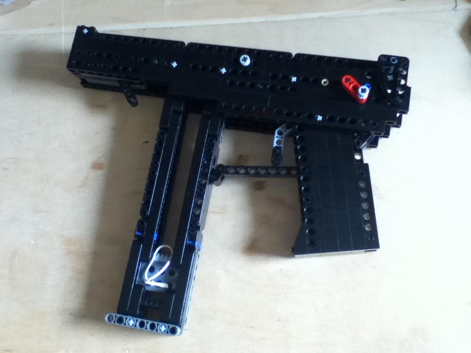 Lego Tec-9