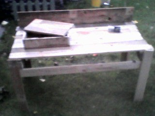 WorkBench From a Wooden Pallet.