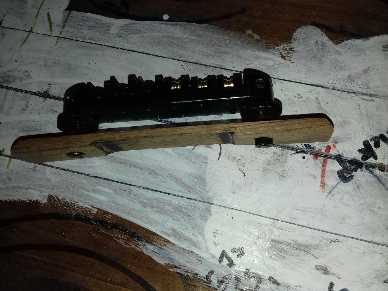 Step 2: Fishtail, Bridge and Neck Paddle