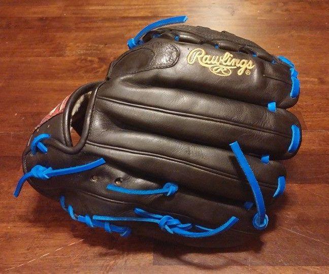 Dyeing a Baseball Glove