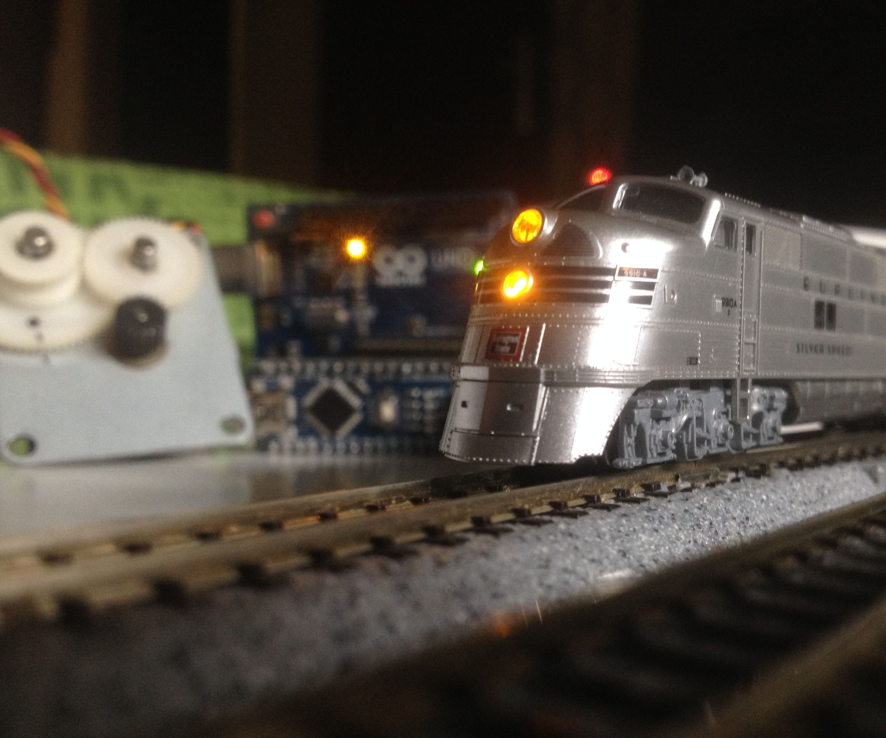 Stepper Motor Controlled Model Locomotive | Stepper Motor As a Rotary Encoder