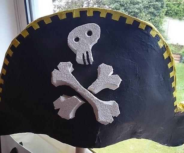 Papier-mâché Pirate Hat