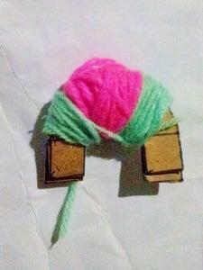 Making a Flower Pom Pom