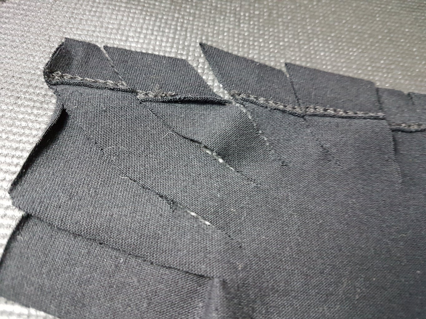 CUTTING THE EDGE OF THE SHIRT