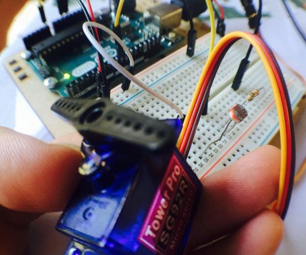 Sensor De Luz Y Servo