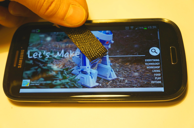 Carbon fiber touchscreen gloves