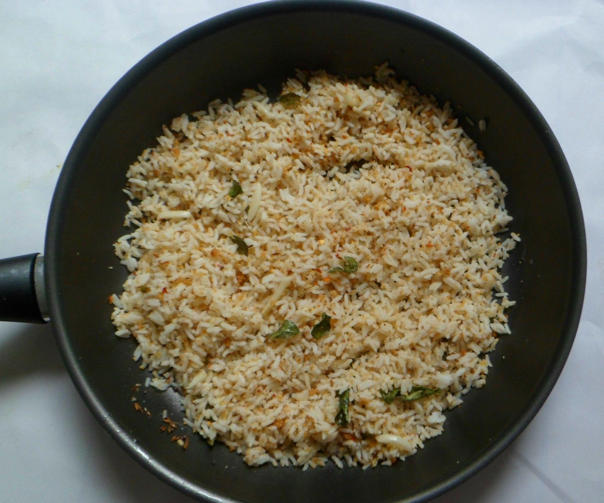 Garlic Rice With Lentil Spice Powder