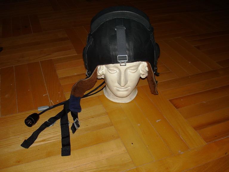 Hacking a SHZ-84 Soviet aviation helmet