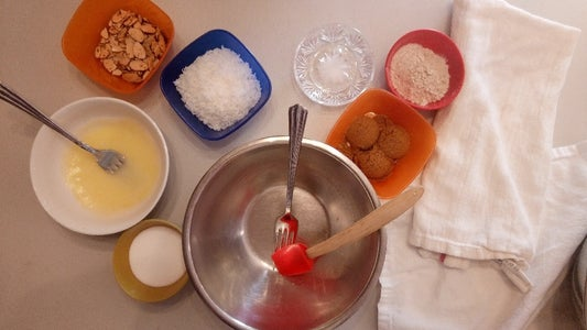 Making the Streusel