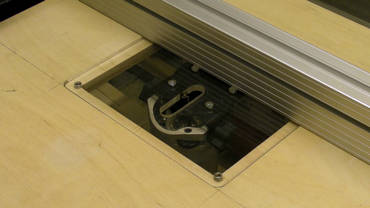 Simple Tilting Router Table Insert / Table Saw Extension