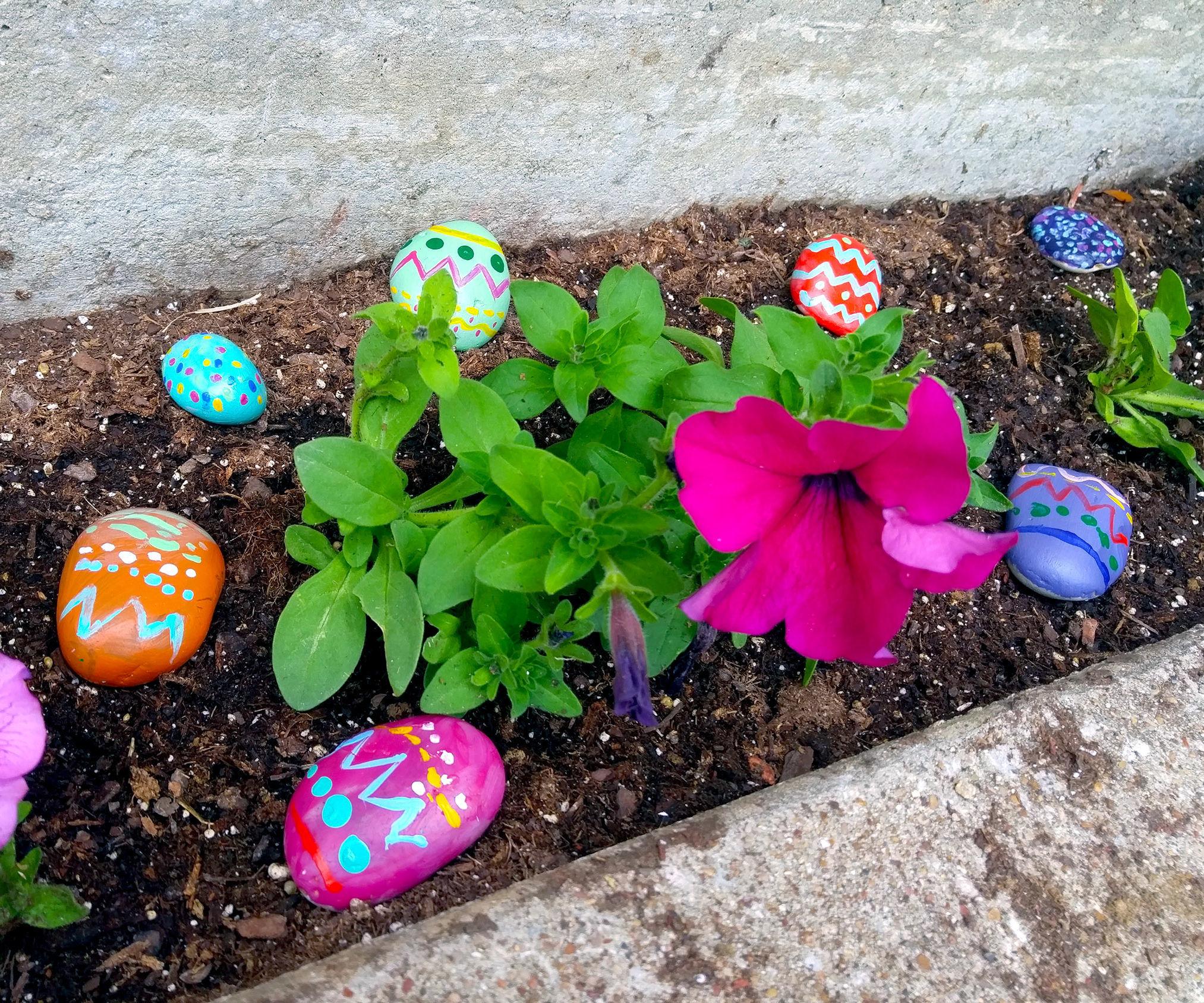 DIY Easter Egg Garden Rocks