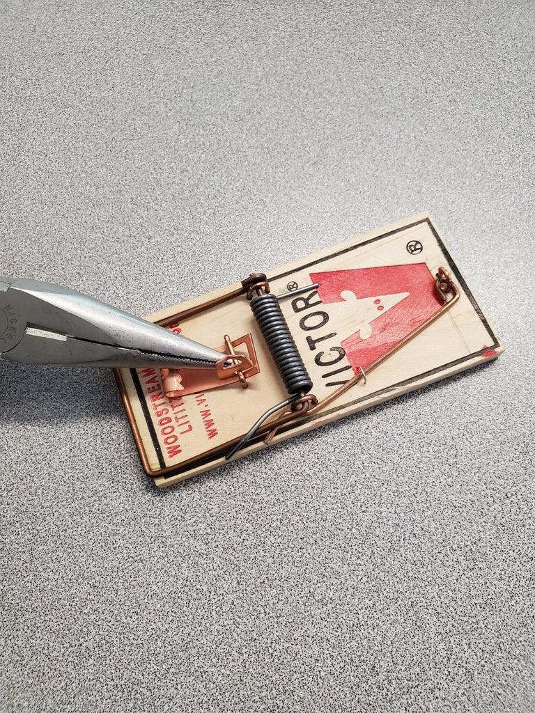 Prepare the Mousetrap Mechanism // Dowel