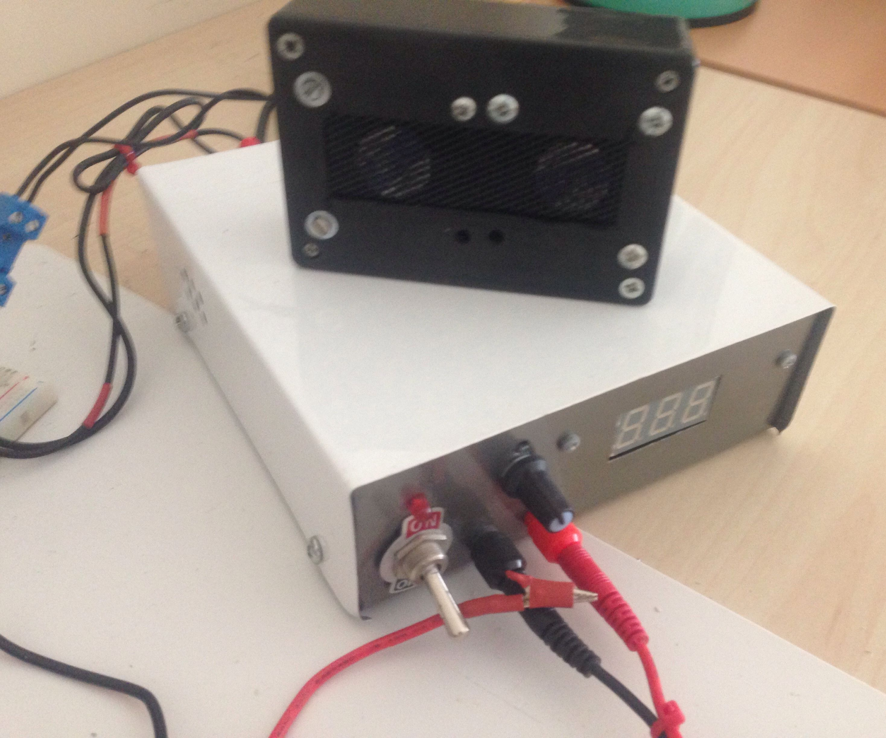 Fume Extractor Powered by Bench Top Power Supply