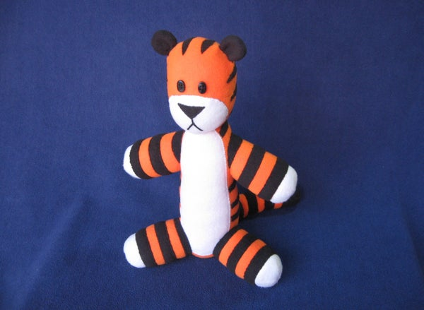 Make Your Own Stuffed Hobbes (Free Pattern!)