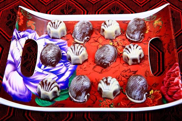 How to Make Homemade Chocolate Whoopie Desserts