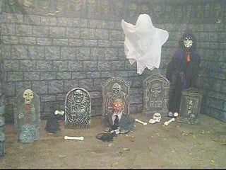 Make a Haunted House Using PVC Pipe and Plastic Backdrops