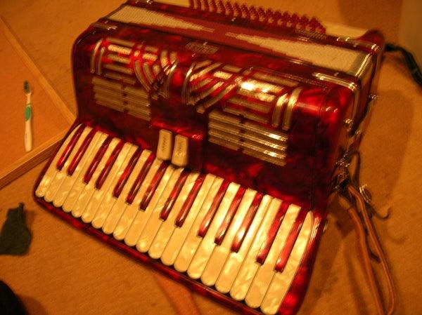 How to Fix an Accordion Keyboard