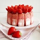 草莓夏洛特蛋糕