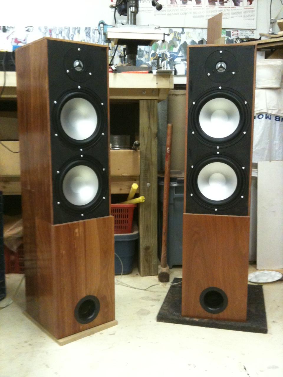 Hardwood floor|standing speakers