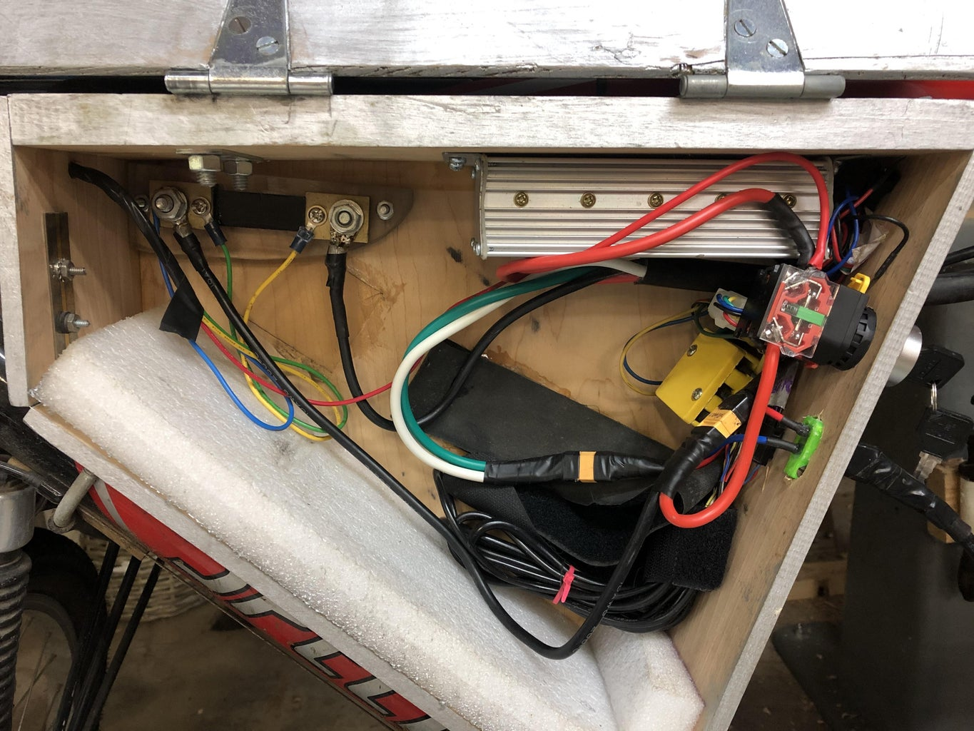 Wiring the Batteries From Battery Box to Central Housing